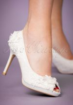 50s Bianca Peeptoe Pumps in Ivory