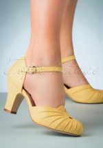40s Amber Mary Jane Pumps in Pastel Yellow