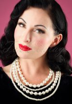 50s Jackie Layered Pearl Necklace in Cream