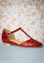 50s Toscana T-Strap Flats in Red