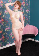 50s Waspie Glamour Nouveau in Peach