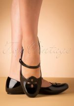 60s Elizabeth Mary Jane Patent Flats in Black