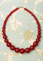 TopVintage Exclusive ~ 20s Glitter Beaded Necklace in Red