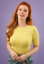 50s Debbie Short Sleeve Sweater in Pastel Yellow