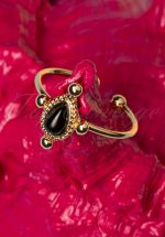 50s Black Teardrop Ring in Gold